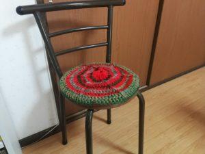 手編みの円座クッション